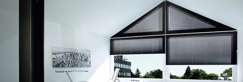 Gut gemocht Sonnenschutz für Dachfenster nach Maß: Rollos und Plissees HE21